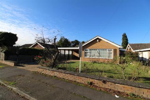 3 bedroom detached bungalow for sale - Manor Road, Collingham, Newark