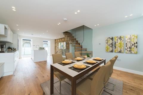 4 bedroom house to rent - Florence Road, London, SE14