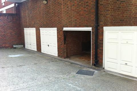 Garage to rent - Lock-up Garage, Pavilion Road, SW1