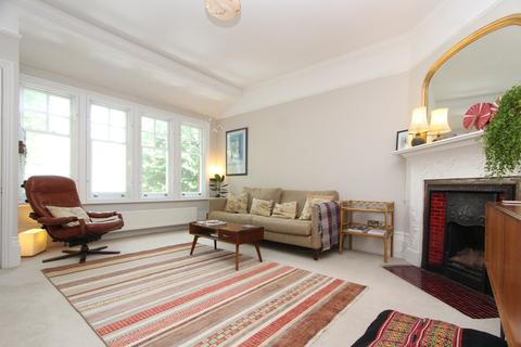 3 bedroom apartment to rent - Fortis Green, London