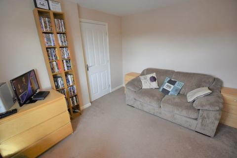 1 Bedroom Flat To Rent   Jennett Road