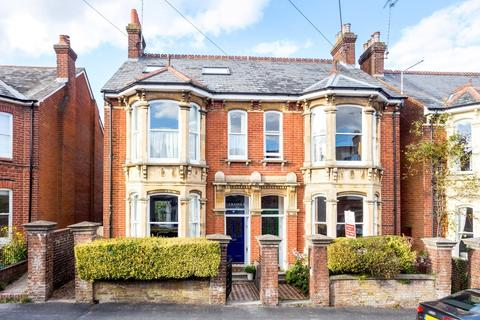 6 bedroom semi-detached house for sale - Fairfield Road, Fulflood, Winchester, SO22