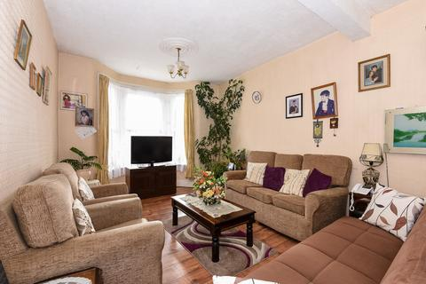 3 bedroom terraced house for sale - Graham Road, Turnpike Lane