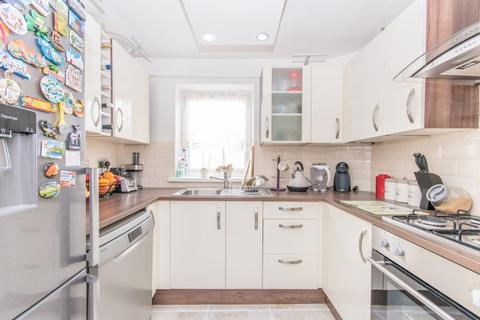 2 bedroom apartment for sale - Ashley Road