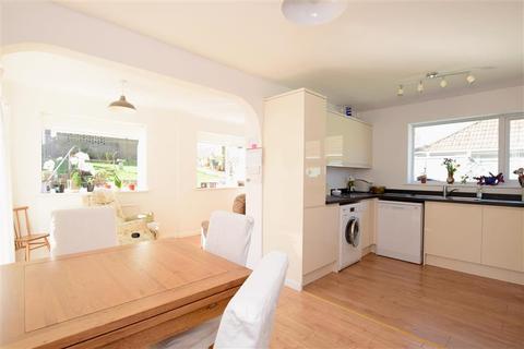3 bedroom semi-detached bungalow for sale - Jevington Drive, Brighton, East Sussex