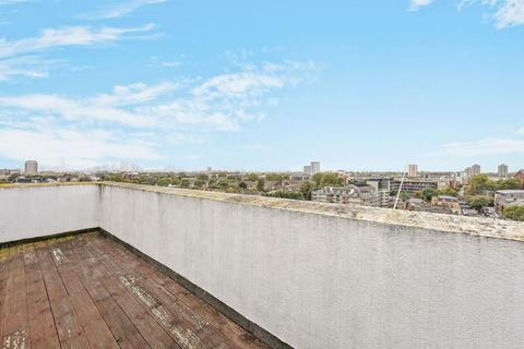 1 bedroom penthouse for sale - Fairfield Road, London E3