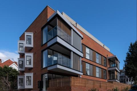 3 bedroom flat for sale - One Nizells Avenue, Hove, East Sussex, BN3