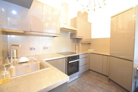 2 bedroom flat to rent - Clapham Road, London SW9