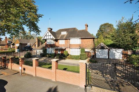 7 bedroom detached house for sale - Hendon Avenue, London, N3
