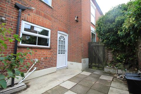 2 bedroom end of terrace house to rent - BRITANNIA ROAD , NORWICH, NORFOLK  NR1