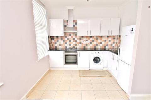2 bedroom flat to rent - River Avenue, N13