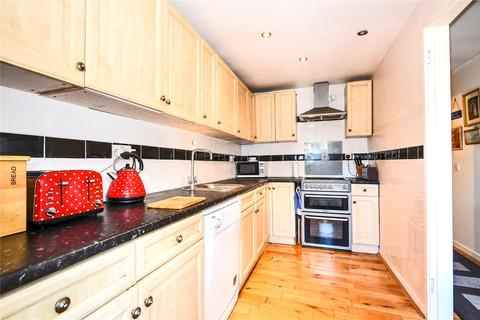 1 bedroom apartment for sale - Hawes Close, Northwood, Middlesex, HA6