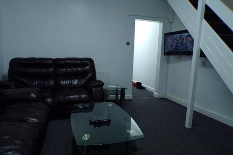 3 bedroom house share to rent - Romney Street, Salford