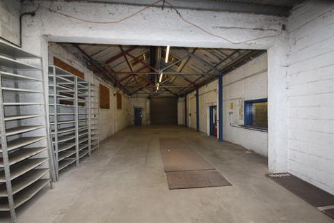 Property to rent - Nightingale Grove, Southampton