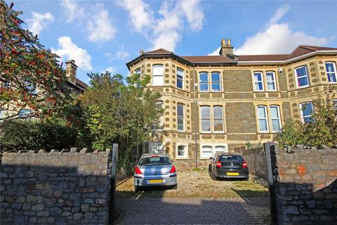 4 bedroom semi-detached house to rent - Cromwell Road, St. Andrews, Bristol, Bristol, City of, BS6