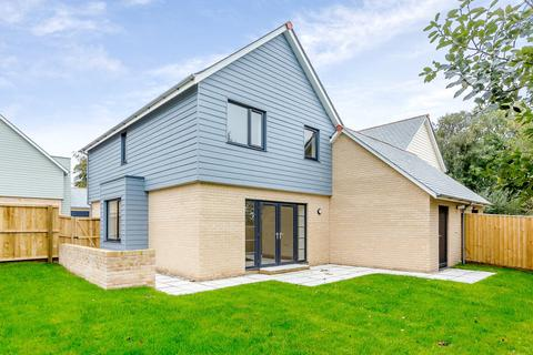 4 bedroom detached house for sale - Clovelly Road, Bideford, Devon