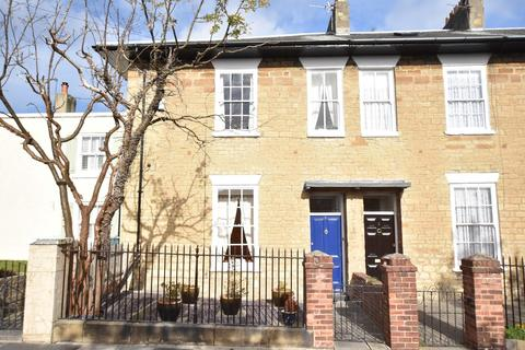 3 bedroom terraced house for sale - Mansion House, West Boldon