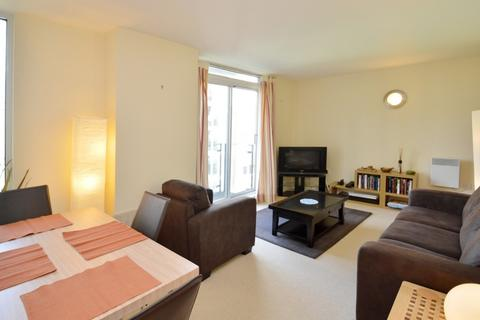 1 bedroom flat to rent - Docklands Court, Limehouse E14