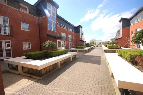 1 bedroom flat for sale - Hill View House, Lodge Road, Bristol, BS15 1TA