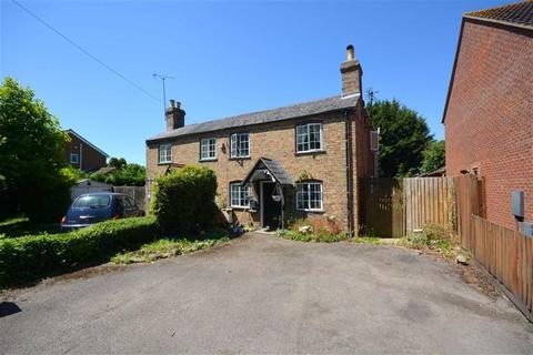 3 bedroom cottage for sale - Bristol Road, Quedgeley