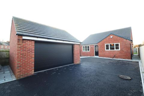 3 bedroom detached bungalow for sale - Welbeck Road, Bolsover, Chesterfield