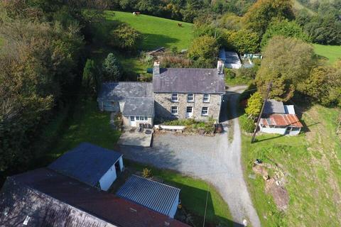4 bedroom property with land for sale - Velindre, Llandysul