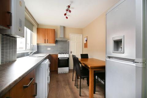 4 bedroom terraced house to rent - Warwick Street, Heaton, Newcastle Upon Tyne