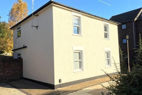 3 bedroom detached house for sale - Brentford