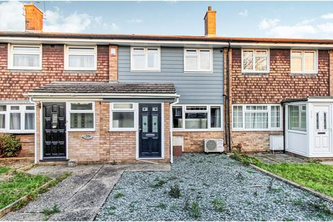 3 bedroom terraced house for sale - Linnet Drive, Essex, CM2
