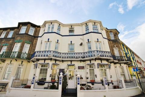 Guest house for sale - Blenheim Private Hotel, Apsley Road, Great Yarmouth, NR30