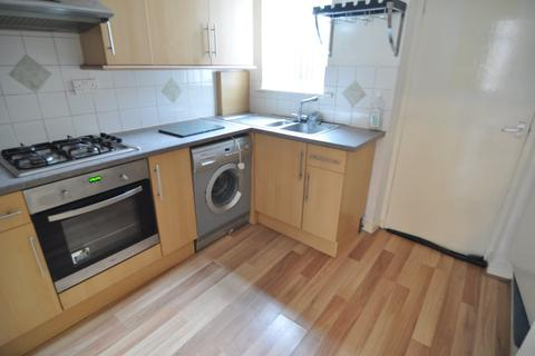 2 bedroom house to rent - Noble Street, Hoyland