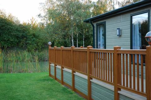 2 bedroom lodge for sale - Marston Lincolnshire