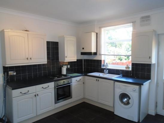 2 bed terraced for rent on Victoria Street, Mexborough
