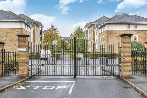 2 bedroom apartment to rent - International Way, Sunbury On Thames, TW16