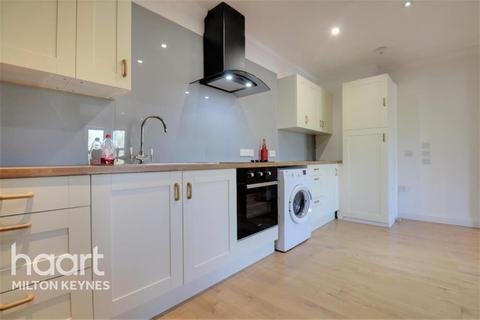 3 bedroom flat to rent - Clarence House, North Row, Central Milton Keynes