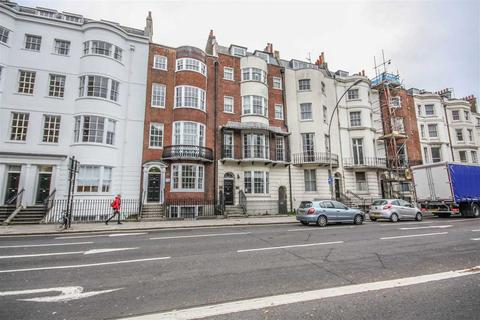 2 bedroom flat to rent - Grand Parade, Brighton