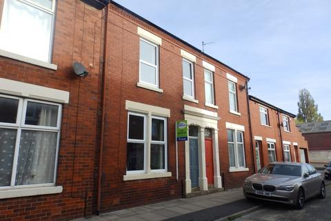 3 bedroom terraced house to rent - Hampton Street Preston PR2 2JL