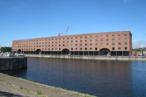 3 bedroom flat to rent - East Quay, Wapping Quay,