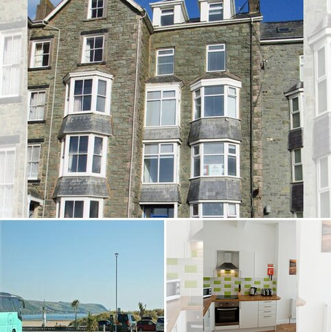 2 bedroom apartment to rent - Marine Parade, Barmouth