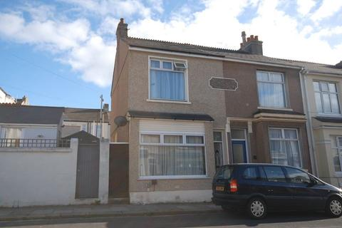 2 bedroom terraced house for sale - Lydford Park Road, Peverell, Plymouth. A 2 double bedroomed end terraced home in fabulous location.