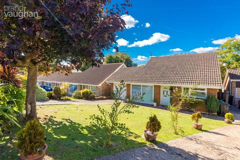 3 bedroom detached bungalow for sale - Fairlie Gardens, Brighton, BN1