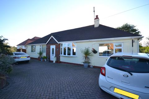 3 bedroom detached bungalow for sale - St Asaph Avenue, Kinmel Bay, Conwy, LL18