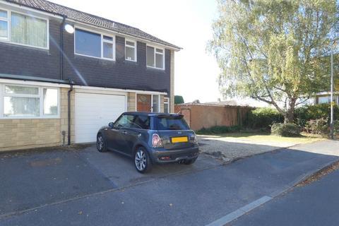 3 bedroom semi-detached house to rent - Belworth Drive, Cheltenham