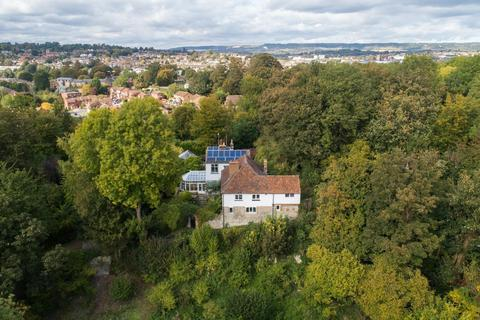 6 bedroom detached house for sale - Cave Hill, Maidstone, ME15
