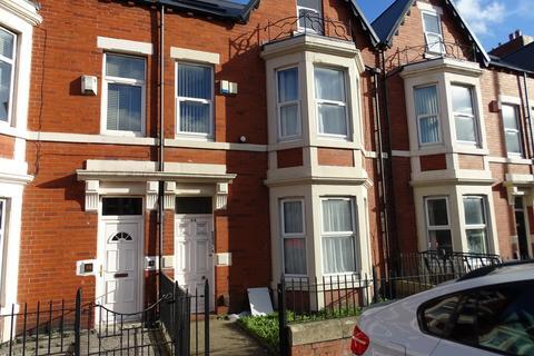 1 bedroom ground floor flat to rent - Flat 1, 44 Wingrove Road