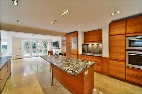4 bedroom terraced house to rent - Hamilton Gardens, St Johns Wood, London, NW8