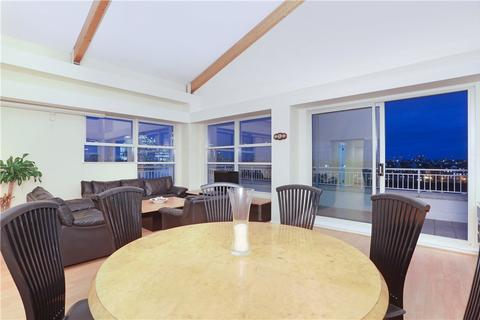 3 bedroom flat for sale - Campania Building, 1 Jardine Road, Wapping, London, E1W