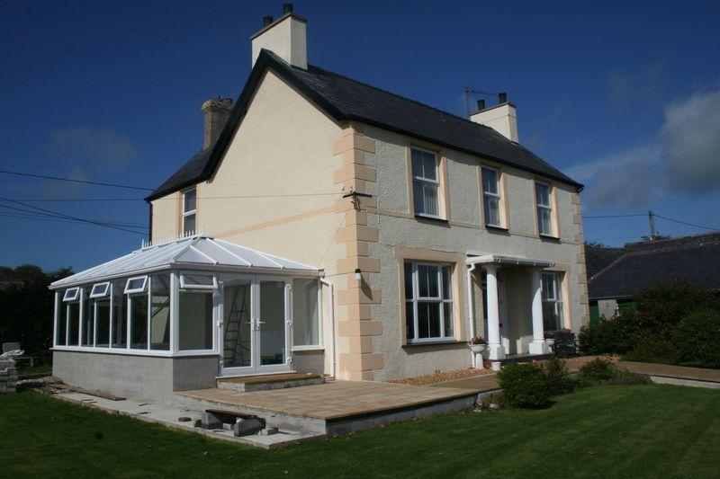 5 Bedrooms Detached House for sale in Dwyran, Anglesey
