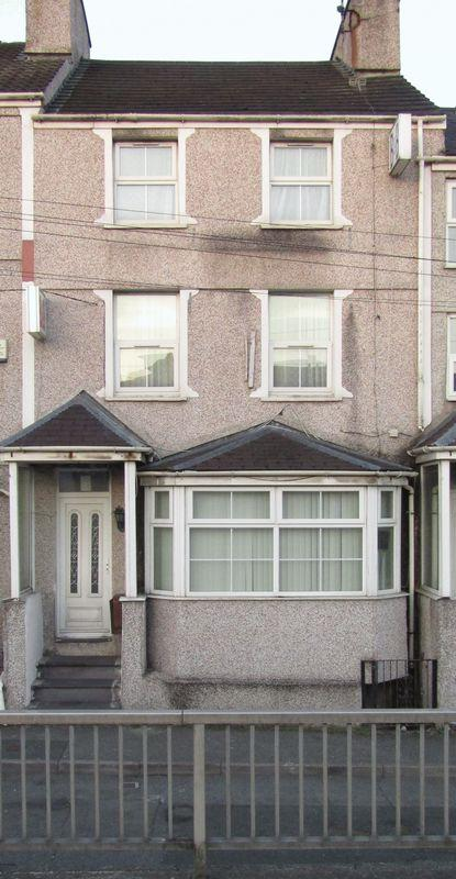 5 Bedrooms Terraced House for sale in Holyhead, Anglesey