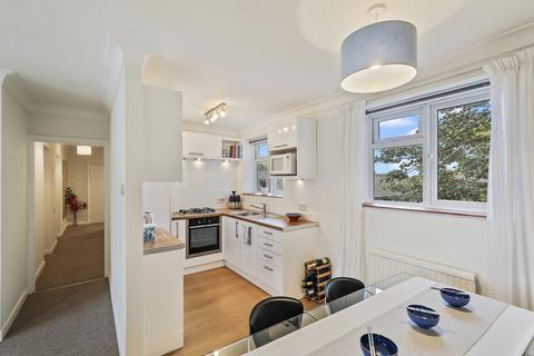 2 bedroom flat to rent - Venn House, SE3